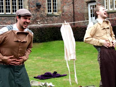 Four Shadows Theatre performing outdoors