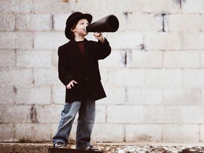 Mini Performers image - child with megaphone