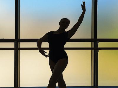 silouhette of a woman doing ballet